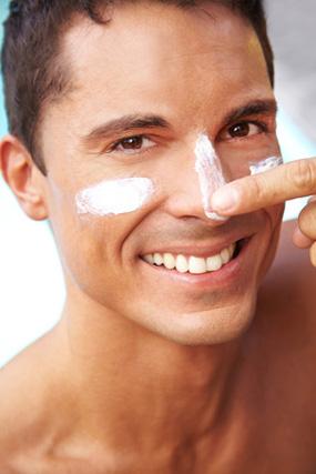 Gesichtspflege für Mann und Frau - setzen Sie auf natürliche, sanfte Reinigungsmilch.
