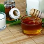 Halsschmerzen: Hausmittel und klassische Medikamente